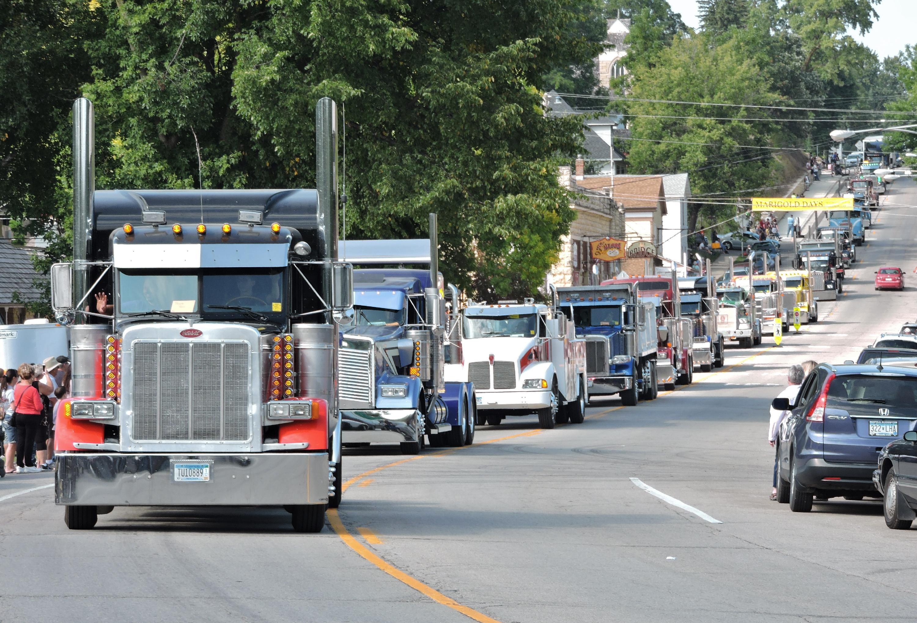 Big Iron Classic Parade, Mantorville